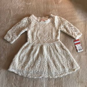 Cat and Jack Toddler Girl Top (Size 12 Mon…